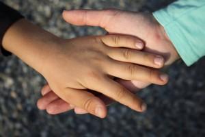 hand-838975_1280